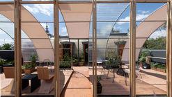 Giacopello展亭,墨西哥孟莎式屋顶改造  / HDA: Hector Delmar Arquitectura + taller paralelo