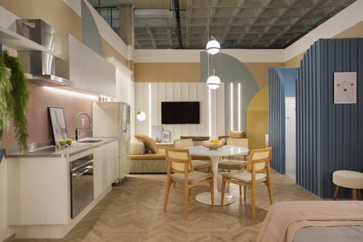 Cores Apartment / Camila Fleck Arquitetura