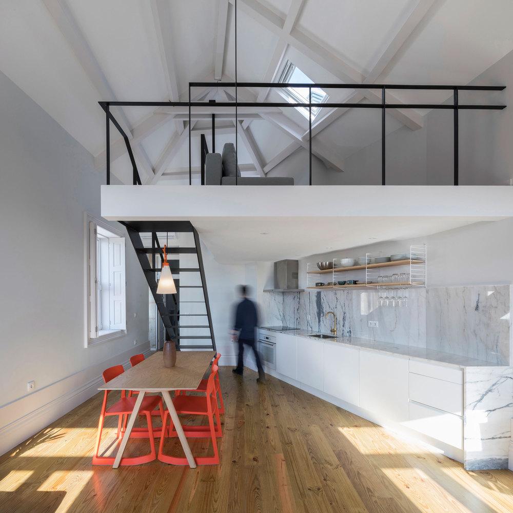Kentaro Yamada Apartment / Bernardo Amaral Arquitectura e Urbanismo