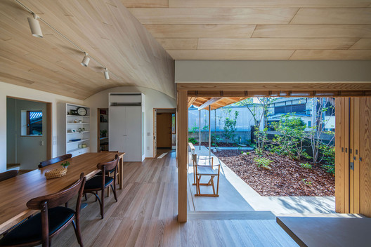 Bakery workshop space in Himi  / Takashi Okuno & Associates