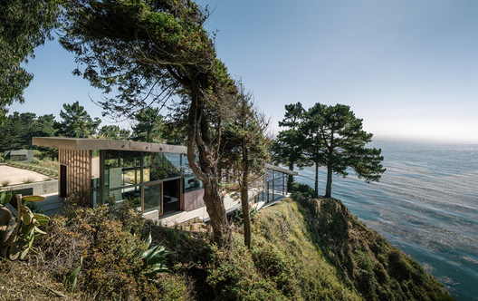 Fall House / Fougeron Architecture. Image © Joe Fletcher Photography