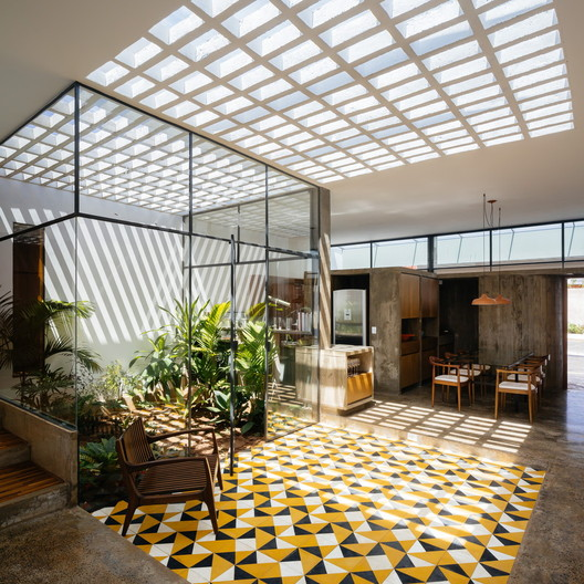 Color and Geometry: 16 Projects with Hydraulic Tiles
