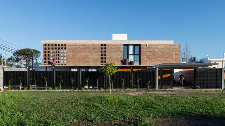 Casa Quincho / Estudio VA arquitectos, © Luis Barandiaran