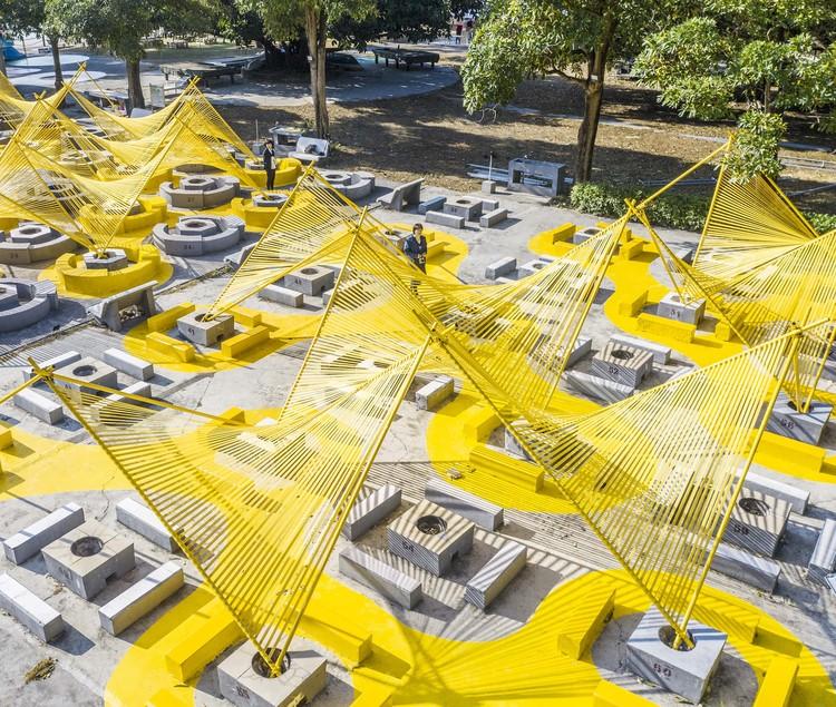 Praça Bonfire / MAT Office, Espaço lúdico. Imagem © Kangshuo Tang