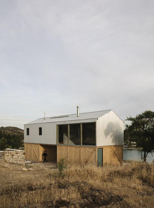 Galpón House / 2172 / asociados