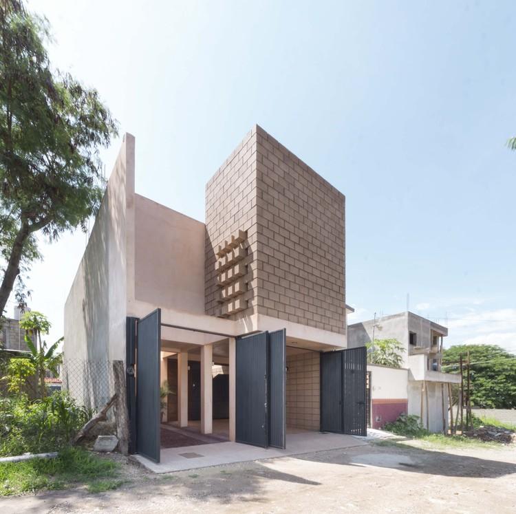 Casa 961 / Apaloosa Estudio de Arquitectura y Diseño, © Carlos Berdejo Mandujano