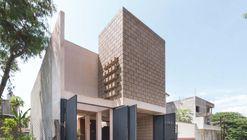House 961 / Apaloosa Estudio de Arquitectura y Diseño