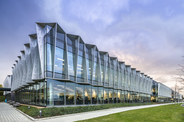 Arm Holdings Headquarters / Scott Brownrigg, © Hundven Clements Photography