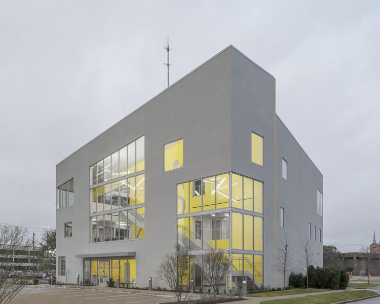 Big Brothers Big Sisters sede Houston / Agency-Agency, © Michael Vahrenwald