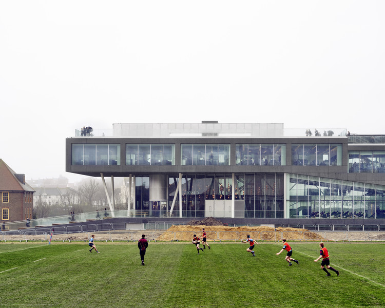 布莱顿学院,科学与体育的碰撞 / OMA, © Killian O. Sullivan