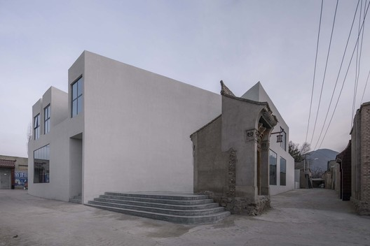 Dongxiang Culture Center / CU OFFICE