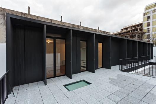Tacuari House / moarqs