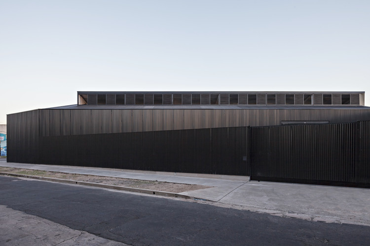 Galpón Caseros / moarqs, © Albano Garcia