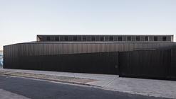 Caseros Warehouse / moarqs