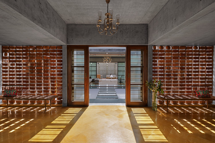 Dr. Nene's Residence / Dipen Gada and Associates, © TEJAS SHAH PHOTOGRAPHY