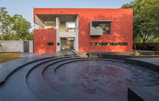 079 Stories Centre for Arts / Vastu Shilpa Consultants