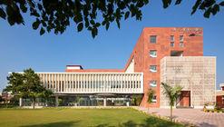 Vidya Devi Jindal Paramedical College / SpaceMatters
