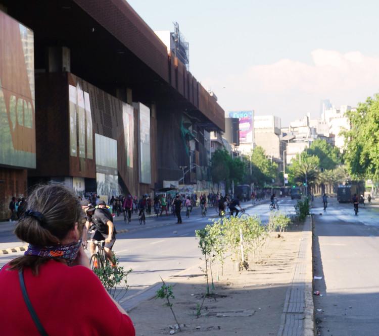 Crisis Social en Chile: Cristián Fernández sobre lo que representa el Centro Cultural Gabriela Mistral, © Fabian Dejtiar