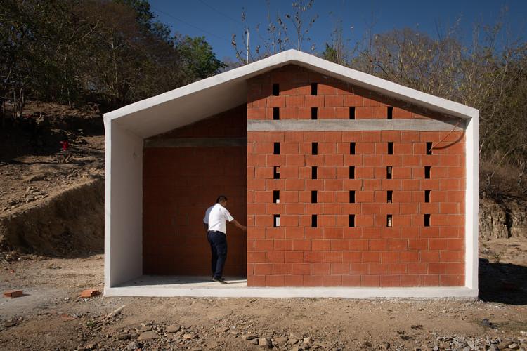 Vivienda Social en Pinotepa Nacional / HDA: Hector Delmar Arquitectura + M+N Diseño, © Jaime Navarro Soto