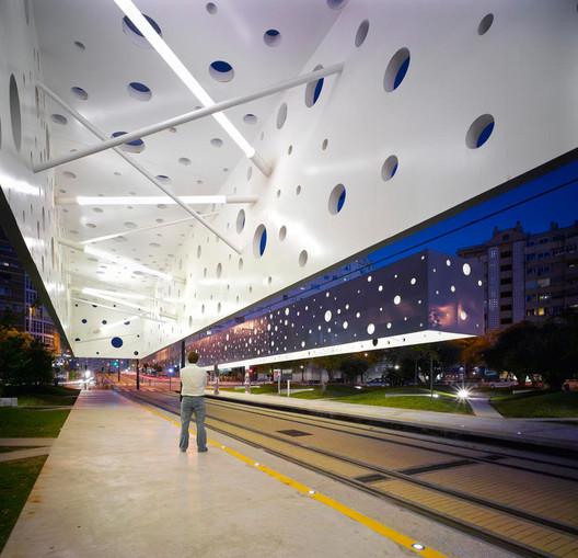 Tram stop in Alicante / Subarquitectura. Image © Subarquitectura