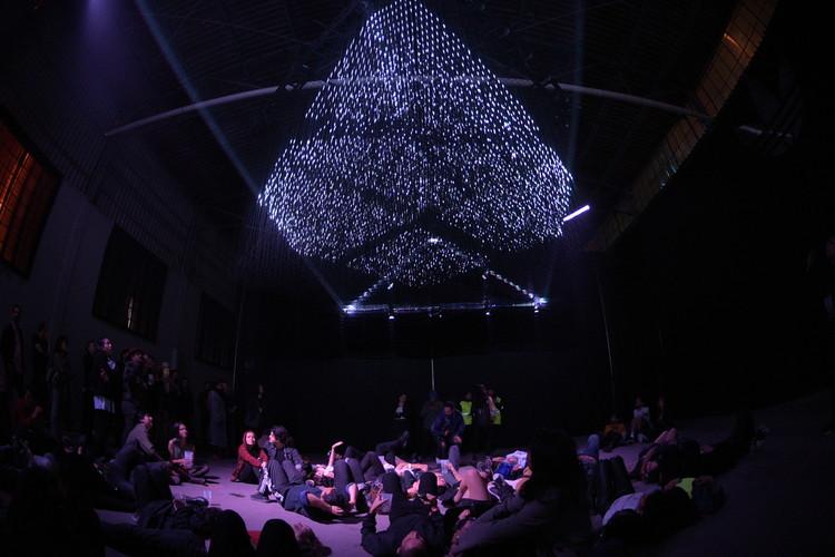 """Architecture Social Club: """"Vemos las instalaciones inmersivas como experiencias arquitectónicas concentradas"""", © Óscar Villanueva"""