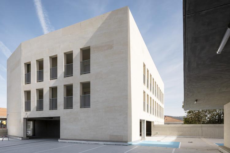 Le Monticole Housing  / LAND + Bag Architecture, © Philippe Conti