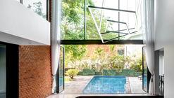 Sun House / SAV Architecture + Design