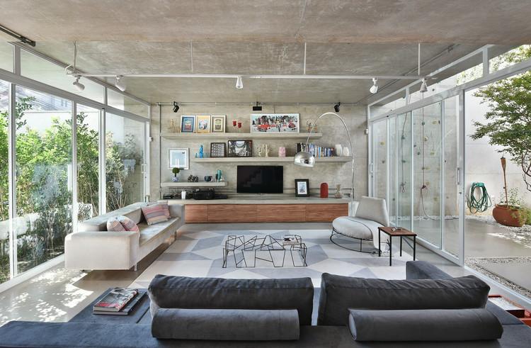 Casa LP  / Luiz Paulo Andrade Arquitetos, © Sidney Doll