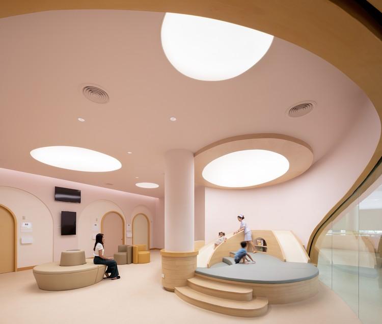 EKH Children Hospital / IF (Integrated Field) , © Ketsiree Wongwan