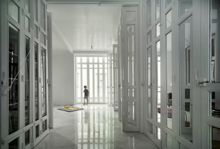 Casa para 141 puertas en calle Valme / Estudio Curtidores, © Jesús Granada