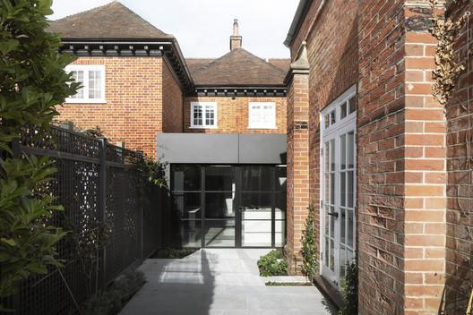 Triptych House / Paul Cashin Architects