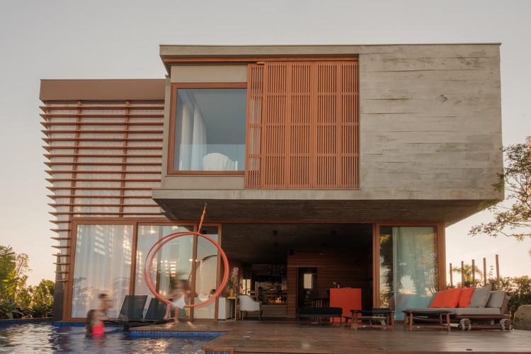 Casa Brise / Stemmer Rodrigues Arquitetura, © Lucas Franck