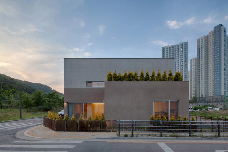 Essay House / 100A associates, © Jae yoon Kim
