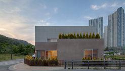 Fi   essay house exterior (1)