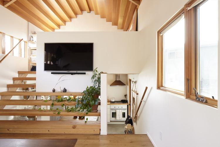 Elysian Cottage ADU. Image Courtesy of bunchADU