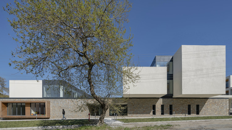 Gökçeada High School Campus  / PAB Architects, © Yerçekim
