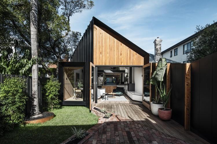 Silhoutte Hytte House / FIGR Architecture & Design, © Tom Blachford