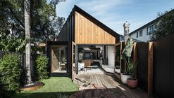 Silhoutte Hytte House / FIGR Architecture & Design