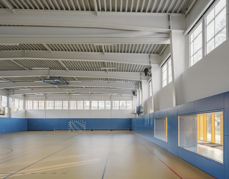 Ginásio de Esportes / Atelier st. Imagem © Simon Menges