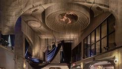 纽约教堂餐厅雕塑 Fillmore,回溯东村文化 / Tresoldi Studio