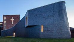 圣玛丽教堂,旋转'编织'砖石 / PLY+