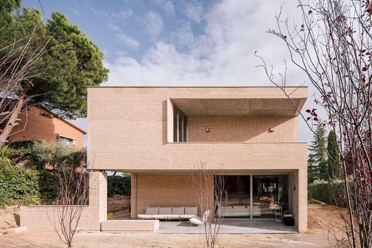 House in Boadilla del Monte / Malu de Miguel