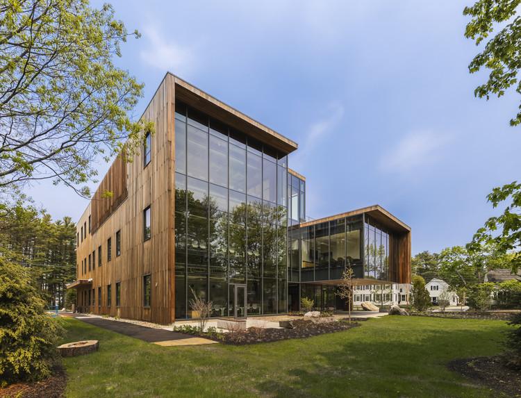 Roux Center for the Environment / CambridgeSeven, © Jeff Goldberg/Esto