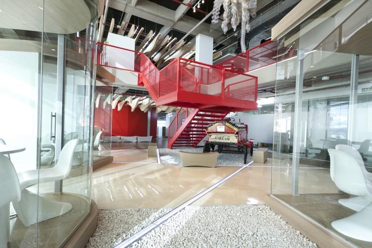 Oficinas y espacios de trabajo en Colombia: ejemplos de arquitectura en planta, © Juan Fernando Castro