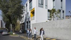Escritórios Renderforest / Storaket Architectural Studio