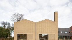 Escola Primária Veerkracht / Studio Ard Hoksbergen + Studioninedots