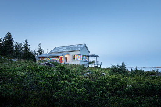 Seal Cove Residence / LUNO Design Studio