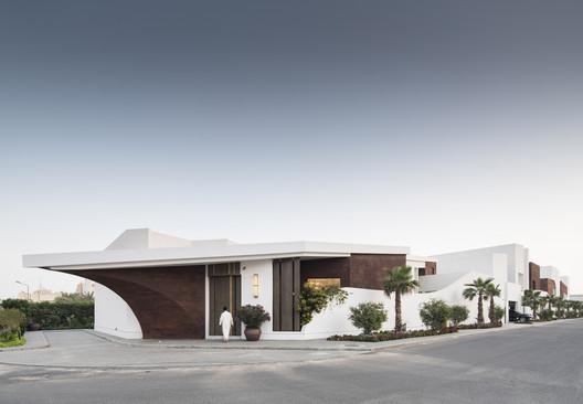 Residential M / Studio Madouh