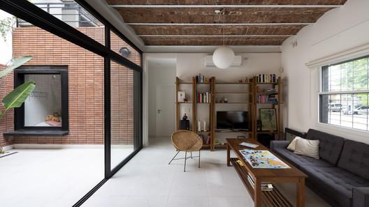 Casa Estomba / Calfat-Mazzocchi