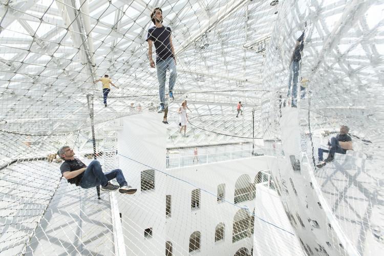 Video Segment Showcases Tomás Saraceno's Berlin Studio, 'In Orbit' Installation. Image Courtesy of Studio Tomás Saraceno